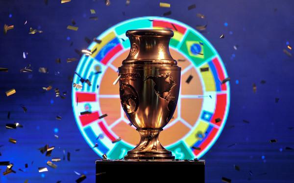 Ceremony+present+Copa+America+Centenario+trophy+xXoWYI7VmJkl
